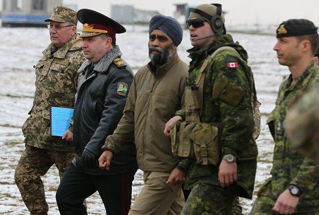Картинки по запросу міністр оборони Харджит Саджан