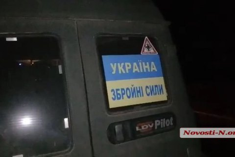 Николаевские патрульные задержали на дороге пятерых пьяных военных