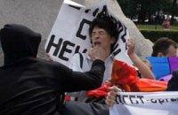 Націоналісти ловлять учасників гей-параду біля станцій київського метро