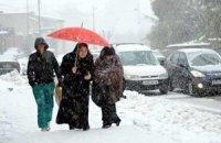 Из-за погоды грузовой транспорт не пускают в Луганск