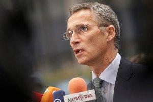 Генсек НАТО: Росія постачає сучасну зброю донбаським бойовикам