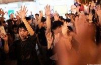 На місцевих виборах у Гонконгу демократи отримали рекордну кількість місць
