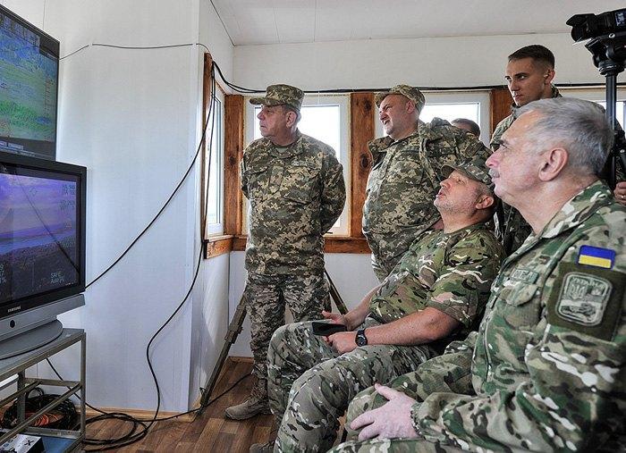 Турчинов проинформировал об успешных испытаниях беспилотника ударного действия