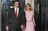 У жены премьер-министра Испании обнаружили коронавирус