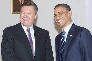 Янукович перекинулся с Обамой несколькими словами
