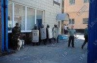 К Лукьяновскому СИЗО подтягивают милицию