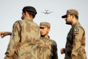 Пакистан проведе військову операцію проти Талібану, - міноборони США
