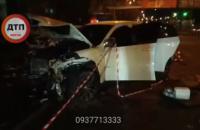 Ночью на проспекте Лобановского в Киеве BMW разбил пять автомобилей