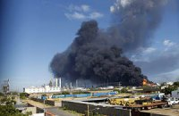 У Венесуелі погасили триденну пожежу на НПЗ