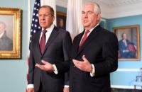 Тиллерсон - Лаврову: санкции останутся, пока Россия не даст обратный ход своим действиям