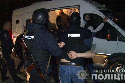 В Виннице полиция штурмовала завод, который пытались захватить рейдеры