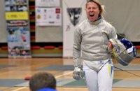 Украинская олимпийская чемпионка по фехтованию во время поединка на этапе Кубка мира врезалась в телевизор