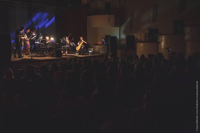 """Концерт на фестивале """"Конструкция"""" в Днепре"""