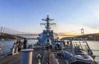 Американский эсминец Carney вошел в Черное море