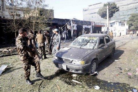 В Афганістані терорист-смертник підірвав 7 осіб, десятки поранені