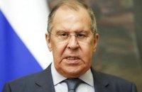 """На форумі в Судаку Лавров з'явився під We Will Rock You і назвав саміт Кримської платформи """"черговим шабашем"""""""