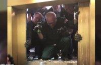 Шесть человек выжили при падении лифта с 95 этажа в небоскребе в Чикаго
