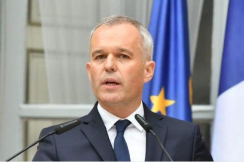 У Франції міністр подав у відставку через скандал з лобстерами