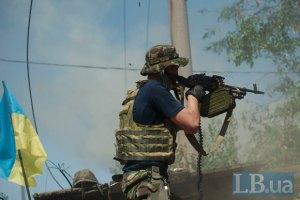 Военные отразили атаку на Комсомольское