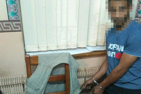 У Запоріжжі патрульні затримали двох чоловіків, які проникли в церкву
