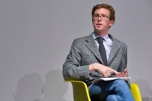 Arsenale2012: он-лайн-трансляція зустрічі з куратором Tate Modern Ніком Калліненом