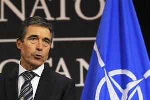 Генсек НАТО просить звільнити Тимошенко і Луценка