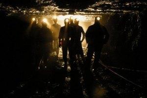 На шахте Засядько заблокированы 364 горняка
