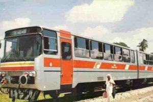 Из Хмельницкого в Житомир запустили рельсовый автобус