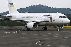 Хто літав на лайнері Януковича в Карлові Вари?
