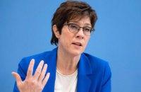 Министр обороны Германии обвинила Россию в провокациях путем наращивания войск вблизи Украины