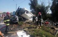 В Тернополе перевернулся бензовоз, его водитель погиб