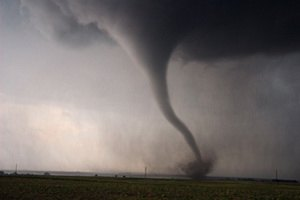 Ущерб от торнадо в Оклахоме составил $2 млрд