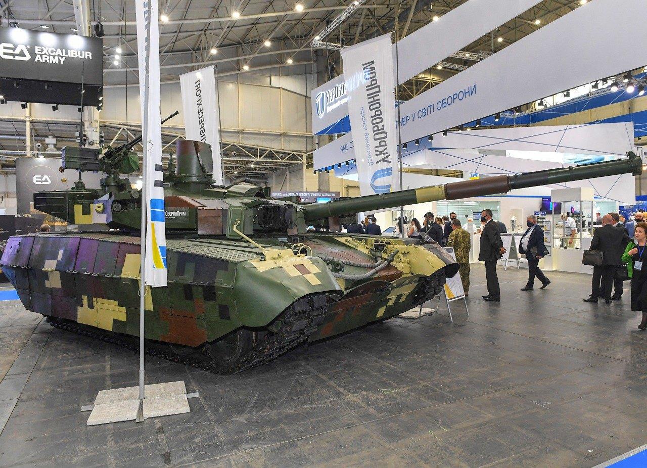Під часМіжнародної спеціалізованої виставки «Зброя та Безпека – 2021».