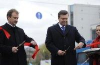 Поздравляя с Днем Киева, Янукович не забыл похвалить Попова