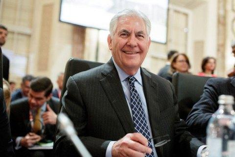 Тиллерсон заверил, что санкции с России снимать не собираются