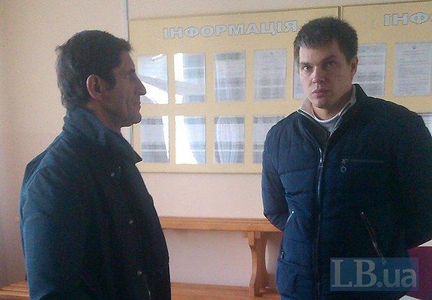 глава ОИК Виктор Гольдский(справа) и Зорян Шкиряк