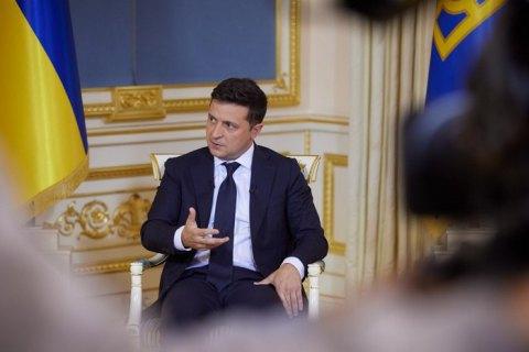 """Зеленский считает, что транш от МВФ задерживается из-за """"отдельных людей, которые работают против государства"""""""