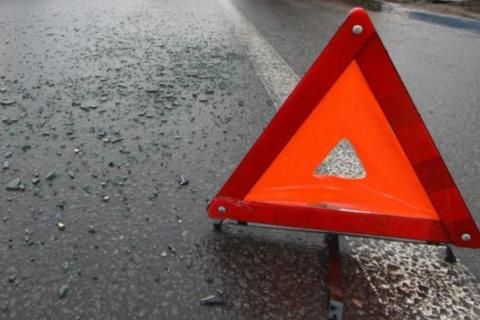 У Києві позашляховик Toyota Land Cruiser вдарив автомобіль поліції
