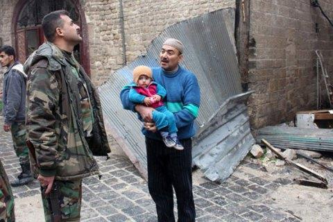 Евакуація з Алеппо відбувається, незважаючи на обстріл медконвою