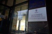 Суд в ночь перед вторым туром отклонил иск о снятии Зеленского с выборов