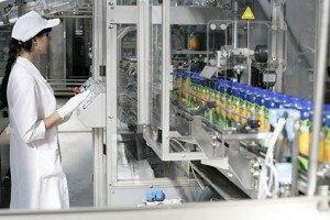 Шведська TetraPak відмовляється працювати з виробниками соків з Криму