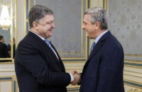 Порошенко призвал комиссара ООН по делам беженцев уделить внимание проблемам крымских татар в Крыму