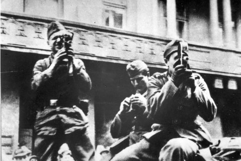 https://lb.ua/culture/2021/07/01/488355_andriy_usach_lvivskiy_pogrom_1941.html