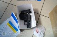 Поліцейські застосували зброю при затриманні грабіжників банку в Луцьку
