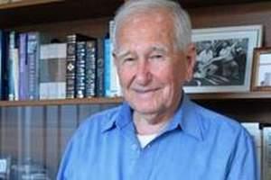 Австралиец закончил вуз в 97 лет