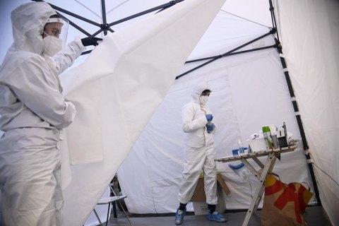 В Германии зафиксировали новый максимум смертей от коронавируса - 1 224 за сутки