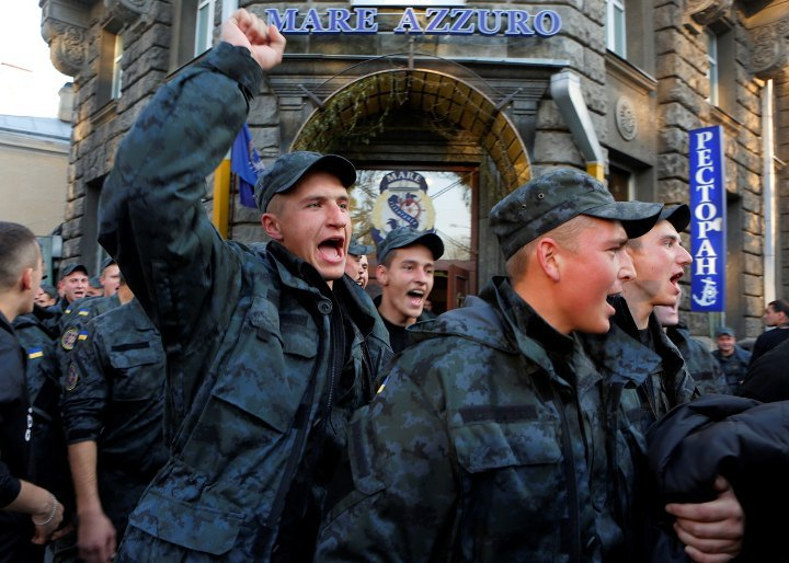 Марш солдатів-строковиків під адміністрацією президента , 14 жовтня 2014 року