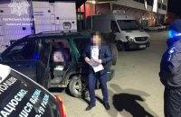 У Львові патрульні зупинили автівку з 14-річною водійкою за кермом