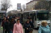 Зеленский подписал закон о существенном увеличении штрафов за отказ перевозить льготников