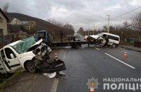 Поліція встановлює особи 7 постраждалих у ДТП у Львівській області